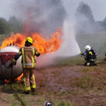 Gaszenie pożarów zbiorników LPG – relacja ze szkolenia i zbiór materiałów.