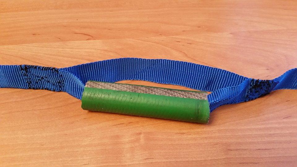 Narzędzie do otwierania uchylonych okien plastikowych